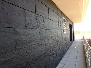 plaque de parement béton